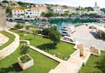 Location vacances Selca - Sumartin Villa Sleeps 6 Air Con Wifi-3