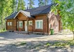 Location vacances Lieksa - Holiday Home Villa valo-1