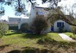 House Maison de pays dans le hameau de ty séveno.