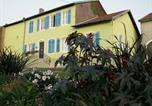 Location vacances Maizières-lès-Vic - Chambres d'hôtes Au presbytère-1