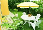 Location vacances  Guadeloupe - Apartment with one bedroom in Baie Mahault with furnished garden and Wifi-1