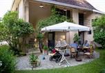 Hôtel Saint-Alban-de-Montbel - Côté Jardin, Chambres d'hôtes B&B-1