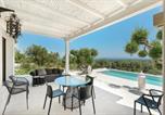 Location vacances  Province de Brindisi - Villa Rosara-2