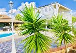 Location vacances Florinas - Apartment with 3 bedrooms in Sorso with shared pool enclosed garden and Wifi 2 km from the beach-3