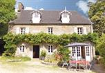 Location vacances Champ-du-Boult - Holiday Home Chateau De Coupigny-1