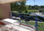 Location vacances Saint-Cyr-sur-Mer - Apartment Le Stadium-1