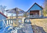 Location vacances Palatine Bridge - Country Escape with Sauna, 10 Mi to Cooperstown-2