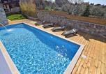 Location vacances Vodnjan - Villa San Rocco-1