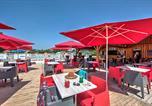 Camping avec Quartiers VIP / Premium Lot - Flower Camping Les Ondines-2