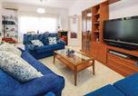 Location vacances Los Belones - Four-Bedroom Holiday Home in Islas Menores-2