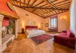 Location vacances  Province de Sienne - Casali di Bibbiano-4