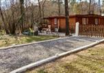 Location vacances Les Assions - Chalet with 2 bedrooms in Saintgenestdebeauzon with wonderful mountain view enclosed garden and Wifi 40 km from the slopes-1
