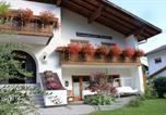 Location vacances  Province autonome de Bolzano - Aparthotel Garni Haus Hubertus-1