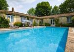 Location vacances Souvigné - Cozy Holiday Home in Souvigne with Private Pool-1