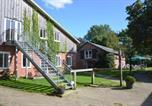 Location vacances Wilster - Gästehof Rehedyk-1