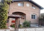 Location vacances Nerviano - Sosta Fiera B&B-1