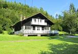 Location vacances Corcieux - Sunlit Holiday Home with Fireplace in Saint-Leonard-1