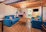 Location vacances Aitona - Vibrant Holiday Home in Fraga with Private Pool-2