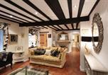 Location vacances Windsor - Luxury Eton House, 5 minute walk to Windsor Castle, Free Parking-2