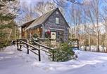 Location vacances Castine - Searsport Cabin with Screened Porch - Mins from Ocean-2