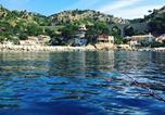 Location vacances  Bouches-du-Rhône - Cabanon Sur L eau-3