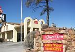 Hôtel Granbury - Quest Inn Motel-4