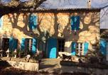 Location vacances Lamanon - Les Volets Bleus Provence-2