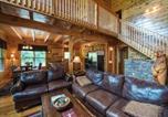 Location vacances Gatlinburg - Triple Mountain View, 4 Bedrooms, Hot Tub, Arcade, Free Wifi, Sleeps 10-4