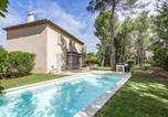 Location vacances Mallemort - Exclusive Four Bedrooms Villa (8 People)-2