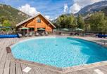 Camping avec Site nature Hautes-Alpes - Huttopia Vallouise-2