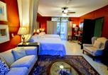 Hôtel Zapopan - Dickinson Guest House B&B-1