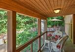 Location vacances Huntsville - Romantic Tree House Cottage - Minutes to Mentone!-2