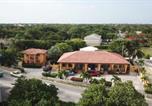 Location vacances  Iles Cayman - Calypso Cove-3