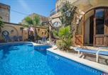 Location vacances  Malte - Gozo Zebbug Ta Nina Farmhouse Villa-1