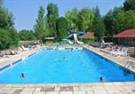 Camping avec Ambiance club Jura - Camping Le Val d'Amour-1