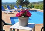 Location vacances Capolat - Sant Sebastia de Montmajor Villa Sleeps 8 with Pool-4