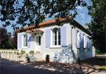 Location vacances Périgueux - Three-Bedroom Holiday Home in Bassillac-1