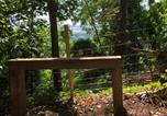 Location vacances Chiddingly - Alfriston Woodland Cabins - Badgers Rest dogs-3