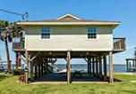 Location vacances Freeport - Seatrout - Right on the Bay! Best Sunset View Great Fishing Spot!-1