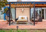 Location vacances Albuquerque - Authentic Santa Fe Adobe Home w/ Desert Views-2