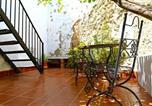 Location vacances El Saucejo - Lemon Tree Patio cosy 1-Bed Cottage in Olvera-3