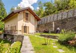 Location vacances Trontano - House with 3 bedrooms in Provincia del Verbano Cusio Ossola with wonderful mountain view furnished garden and Wifi 15 km from the slopes-1