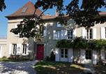 Hôtel Villemoirieu - Chambres d'hôtes Du Goût et des Couleurs-1