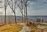 Location vacances Crossville - Cumberland Mtn Cabin with Grill and Stunning Views!-3