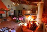 Location vacances San Giovanni d'Asso - Pleasing Farmhouse in Montalcino with Swimming Pool-3