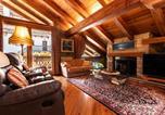 Location vacances Charvensod - Woodstone Villa-1