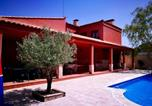 Location vacances Fuentes - Villa with 4 bedrooms in Arcas with private pool and Wifi-1