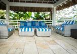 Hôtel Montego Bay - Blue Paloma Bed & Breakfast-4