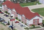 Hôtel Dickinson - Red Roof Inn & Suites Dickinson-1