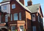 Location vacances Whitby - Boulmer Guest House-1